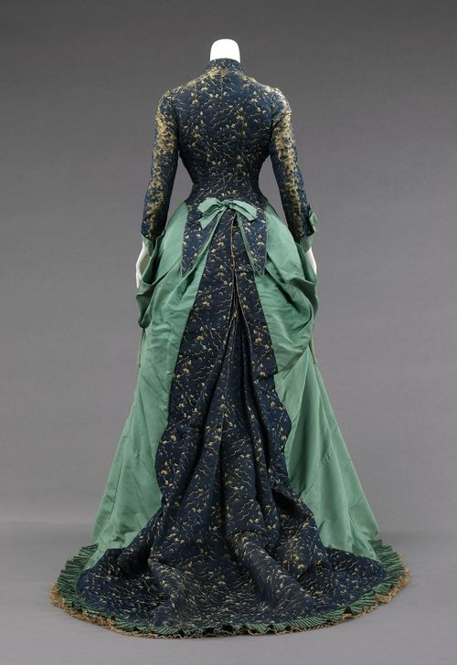 Charles Fredrick Worth evening dress ca. 1875 via The Costume Institute of The Metropolitan Museum of Art