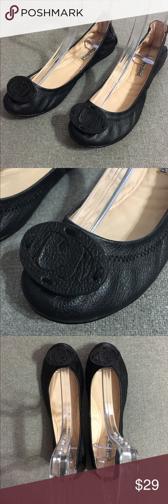 Charles David Ballet Flats Charles David leather ballet flats with rounded toe & Charles David logo on top of the toe. In great condition! Charles David Shoes Flats & Loafers
