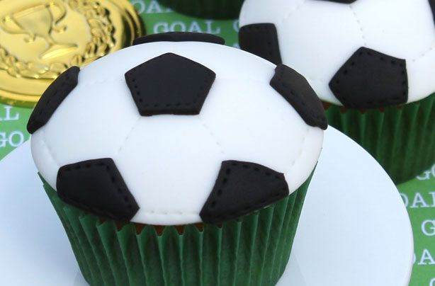 Football cupcakes...good for the World Cup coming up!!!