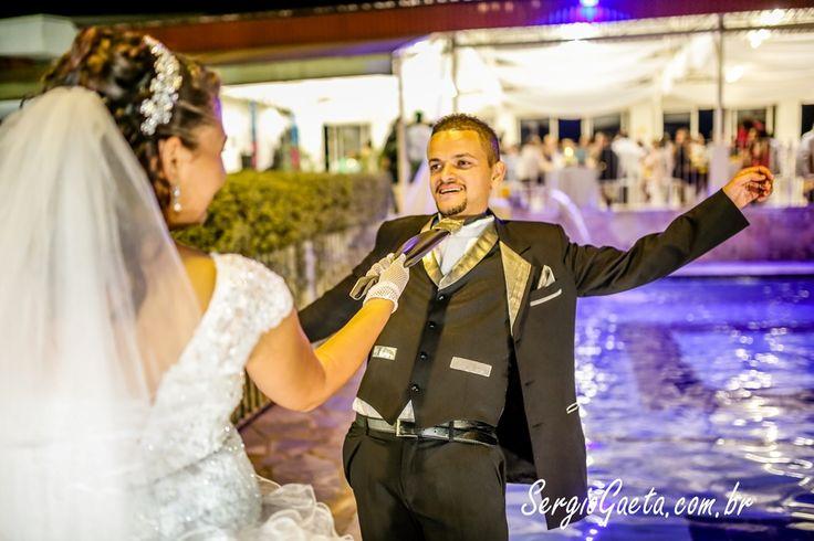 Ensaio com os noivos Mariana e Jackson em Poá/SP.