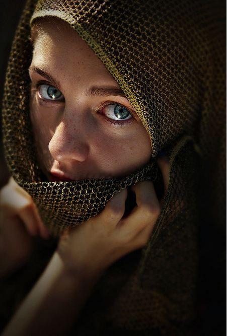 Afghan Girl, Afghanistan.