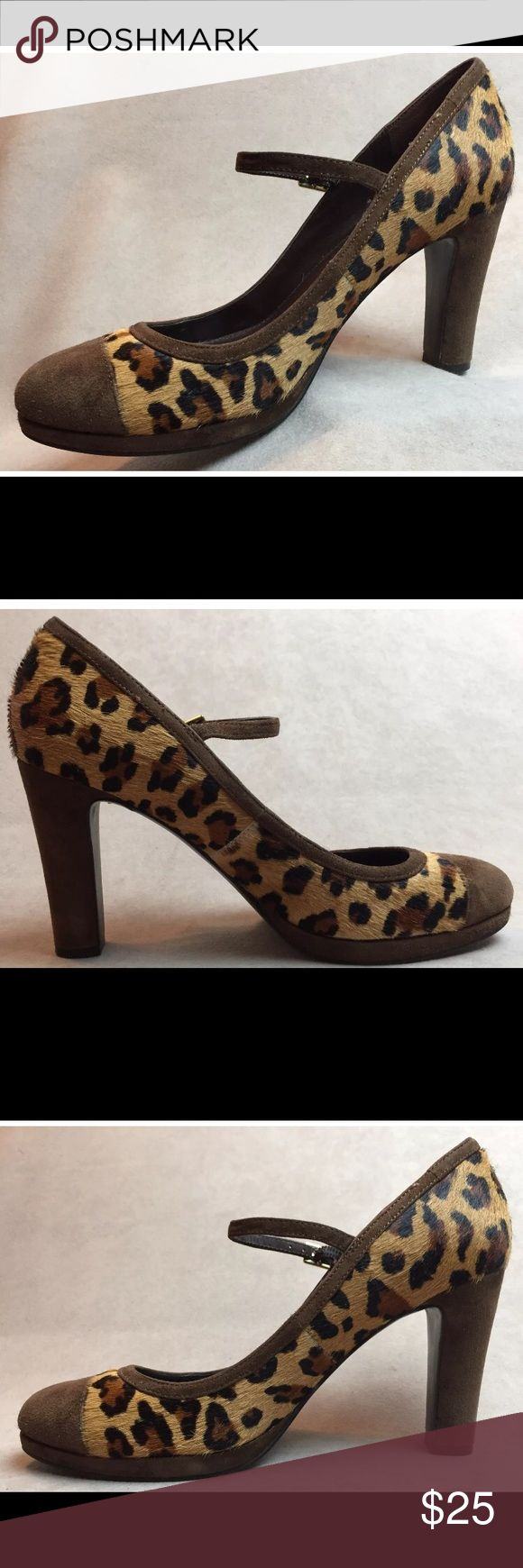 Women's Ralf Lauren Leopard Animal Print Size 8 Women's Ralf Lauren Leopard Animal Print Size 8 Excellent Condition!!   (Please 👀 look at the pictures closely for a visual inspection of the overall condition of the item before you make the decision to purchase ..Thank you very much)!!    Note:  Colors in the pictures may differ slightly due to lighting and the perception of the camera. Ralph Lauren Shoes Heels