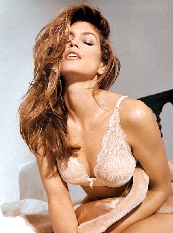 cindy crawford CINDY CRAWFORD (46) has a successor : daughter KAIA (10)