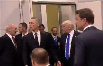 """Tomasz Stanislawski na Twitterze: """"Zapis spotkania Adriana z Donaldem Trumpem. I co teraz powiecie niedowiarki i malkontenci?  Wstajemy z kolan, i baczność ! via @zbychureq https://t.co/97749c5YOT"""""""