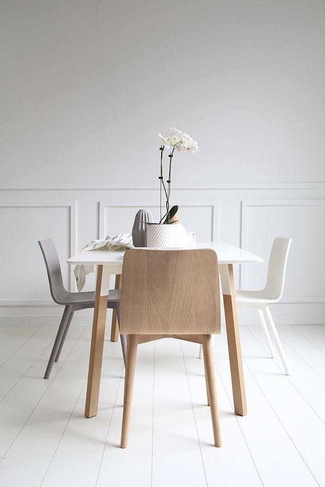 Přes 25 Nejlepších Nápadů Na Téma Scandinavian Dining Chairs Na Captivating Scandinavian Dining Room Decorating Inspiration