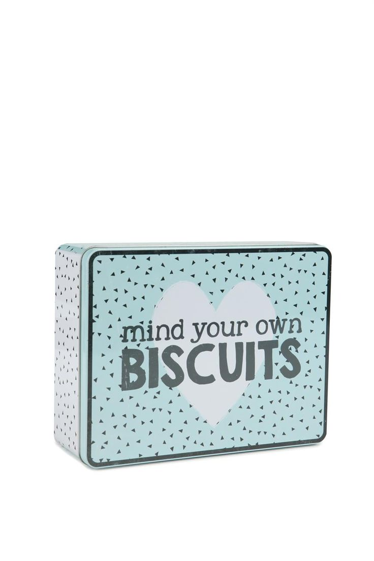 Store your stash of 3.30-itis cookies in this super cute biscuit tin!  Measures 21.5cm L x 16.5cm W x 7.5cm H. Made from metal. Food safe.