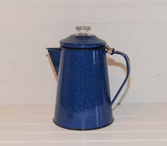 Vintage émail moucheté bleu Cafetiere, percolateur, Camping cafetière, batterie de cuisine, poêle haut percolateur, cuisine campagnarde, Articles ménagers