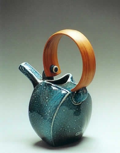 Teapot by Chris Weaver  http://www.chrisweaver.co.nz/
