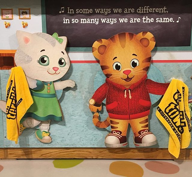 The gang's all ready to watch the @Steelers game this weekend!! Are you?? #BurghProud #HereWeGo . [image: life-sized wooden figures of Katerina Kittycat and Daniel Tiger in Daniel TIger's Neighborhood: A Grr-ific Exhibit. They are holding Terrible Towels.] . #pgh #pghkids #pittsburgh #lovepgh #childrensmuseum #museum #kidsburgh #steelcitygrammers #winter #152XX #danieltiger #pbs #pbskids #danieltigersneighborhood @visitpittsburgh