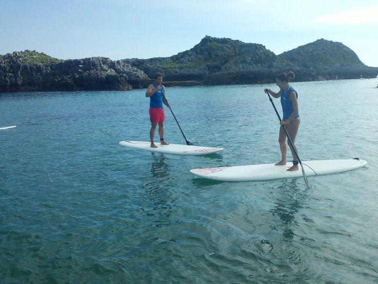 Clases de paddlesurf por la costa nojeña