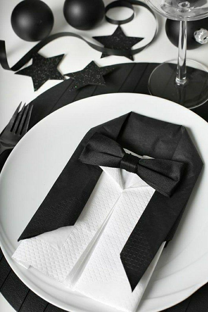 pliage de serviette en forme de chemise, pliage serviette papier                                                                                                                                                                                 Plus