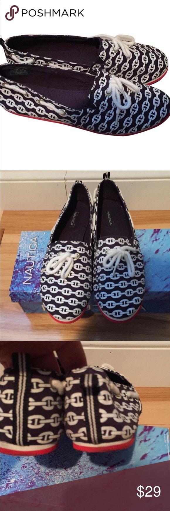 🚨SALE🚨nautica boat shoes ⚓️⚓️ Like new Nautica Shoes Sneakers