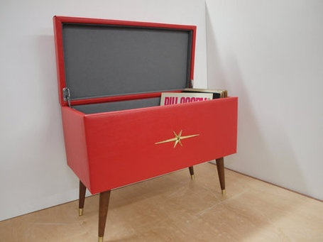 Mid Century Vinyl Storage Trunk | Antiques & Vintage Collectibles | Scoop.it