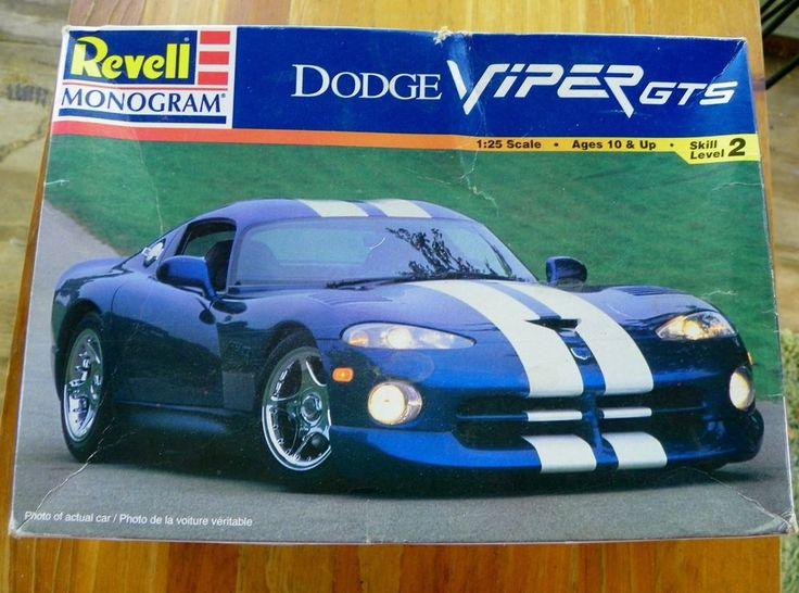 1998  REVELL MONOGRAM Model DODGE VIPER GTS 1:25 Scale Skil  Level 2  #Revell