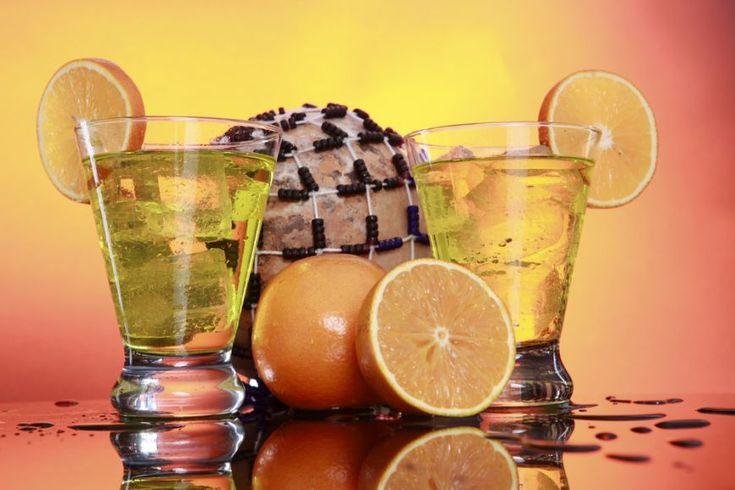 Tom Collins - un cocktail pentru petreceri fierbiniti de vara