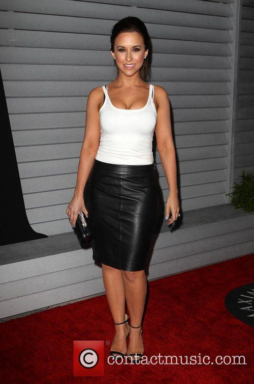http://www.contactmusic.com/pics/ln/20140610/maxim_hot_100_110614_02/lacey-chabert-maxim-hot-100-celebration-event_4239635.jpg