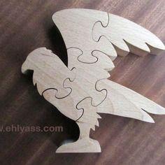 Puzzle en bois aigle en chantournage