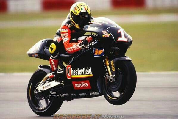 Max Biaggi aprilia 250 cc | Vintage racers | Pinterest | Motogp, Grand prix and Racing motorcycles