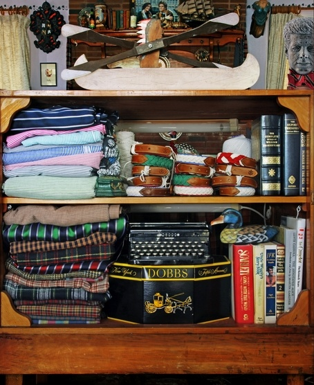 #preppy #bookshelf #decor