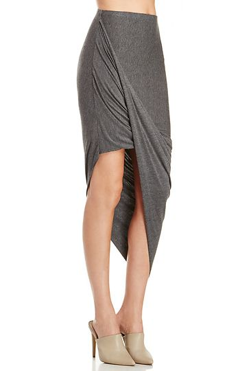 DAILYLOOK Twisted High Low Skirt in Gray XS - M | DAILYLOOK