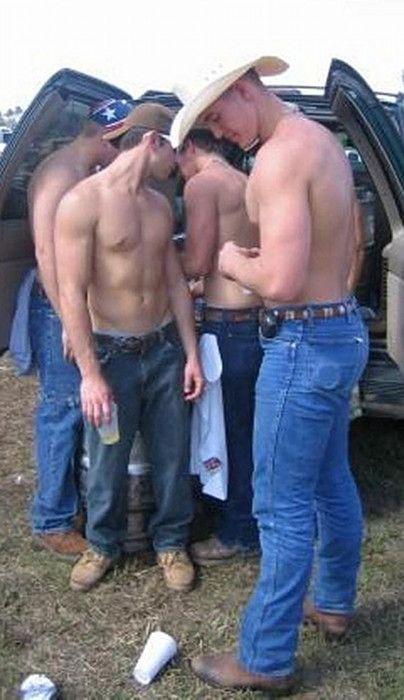 Retro naked girls photo