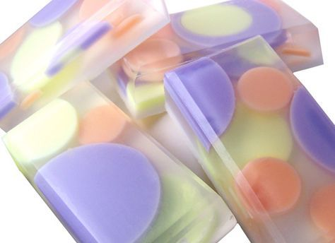 Making Homemade Soaps: Circle Embed Soap Bars — Recipes & Tutorials Crafting Library
