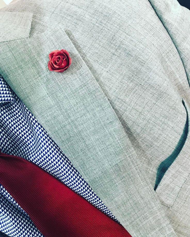 What a spoilt #rose #lapelpin #agapeartbya #jewelry #jewellerydesign #handmade #man #men
