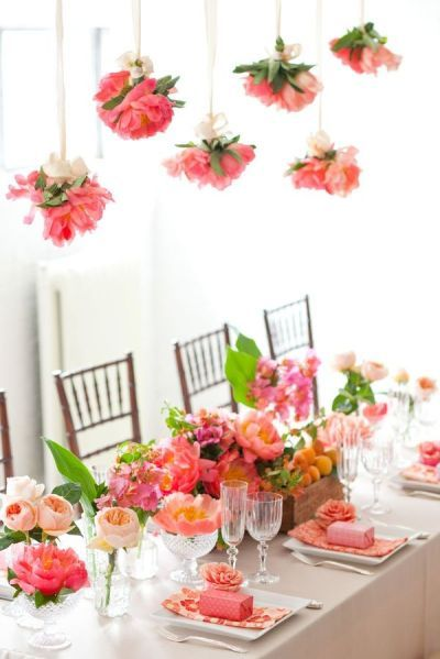 hanging flowers, boxes at each place