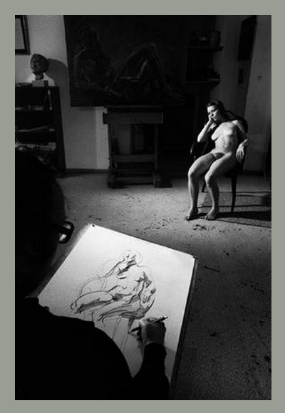 Erich Lessing, photograph of Austrian painter Georg Eisler in his studio with model, 1975