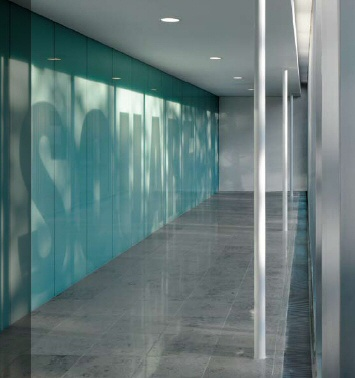 Infinityglass backpainted glass wall installation retail for Back painted glass design