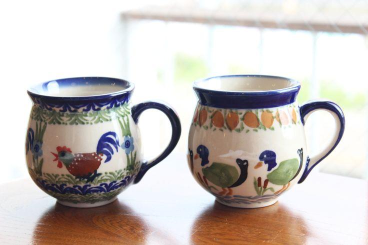 ポーランド(ボレスワヴィエツ陶器)のマグカップ カントリー調がお好きな方、こんな絵柄もありますよ。 http://www.paysage.jp ライフスタイルショップ ギフト PAYSAGE / ペイザージュ LINE@ ID: @paysage