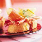 Een heerlijk recept: Crostini met rauwe ham en gemarineerde peer