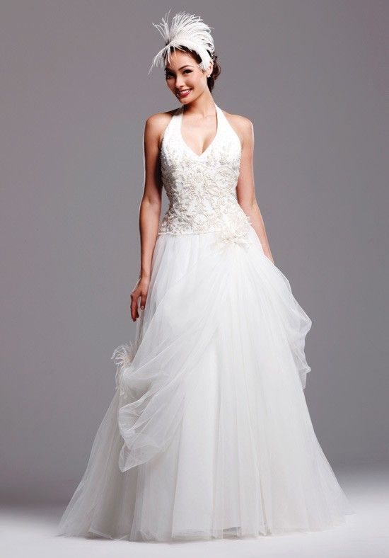 Neoteric Halter Appliques Beads Working Ball Gown Tulle Satin Sweep Train Wedding Frocks