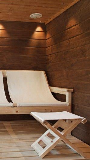 Comfy sauna seats