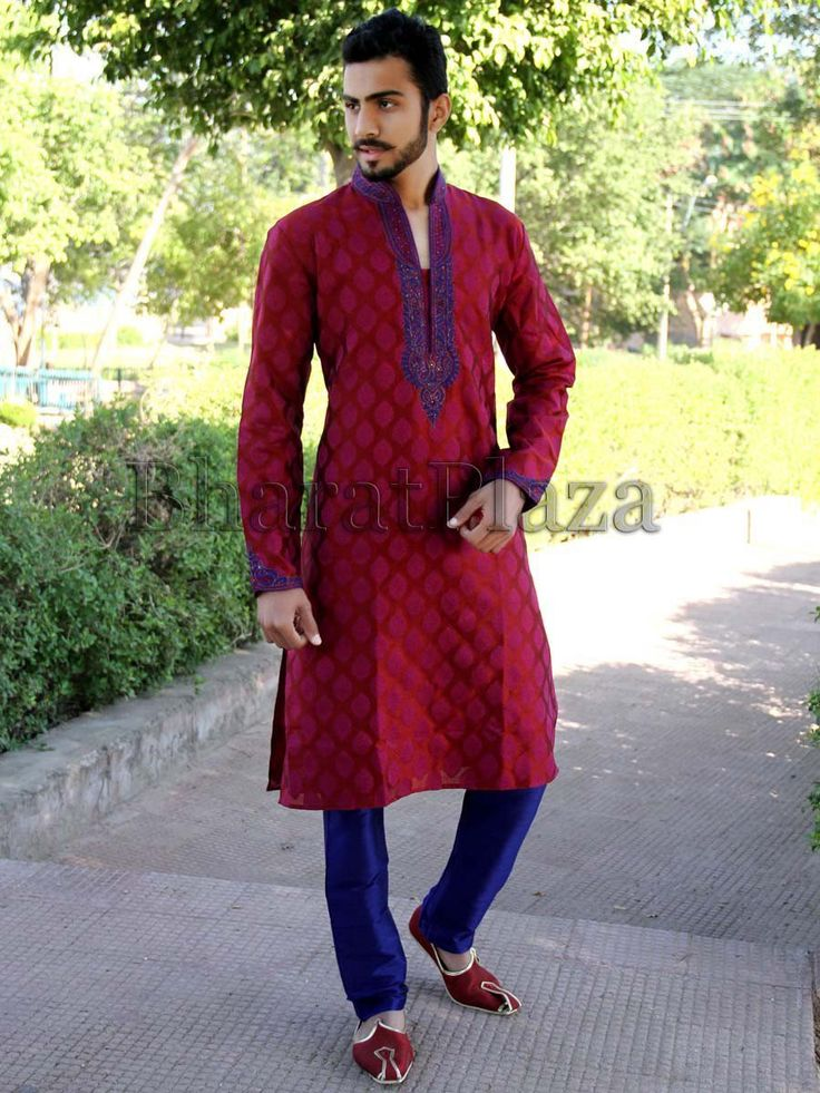 Dazzling red color jacquard kurta with shiny zari and thread work. Item Code: SKB3391 http://www.bharatplaza.com/new-arrivals/kurta-pyjamas.html