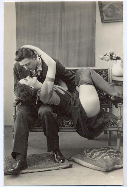 This is my favourite couple of all in the Biederer 1920s Postcards