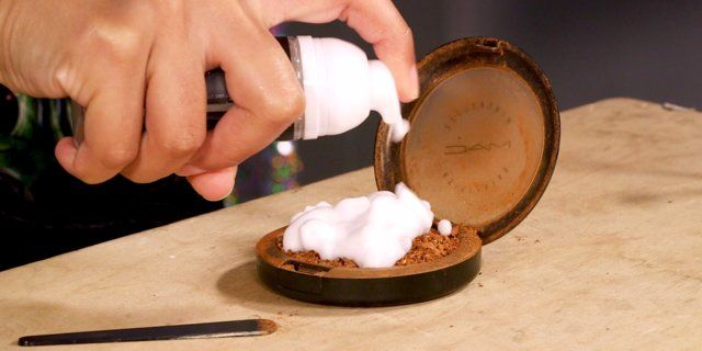 This mousse will fix your broken makeup