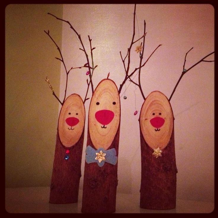 wooden reindeer christmas decoration