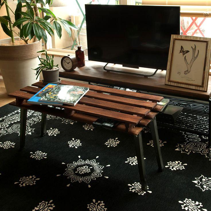 ノコギリも使わずとても簡単♪手軽にすのこを使ってできるヴィンテージ風の折りたたみテーブルの作り方をご紹介。