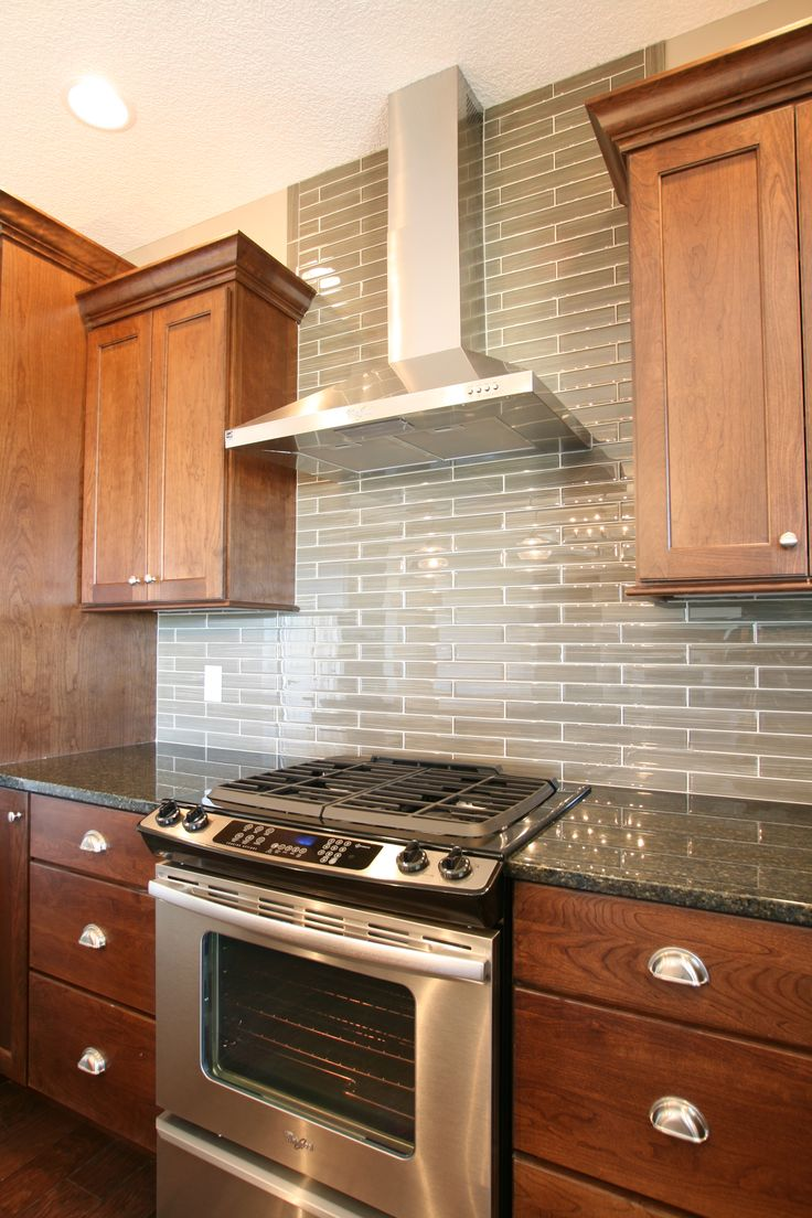 17 best ideas about stainless steel backsplash tiles on pinterest stainless backsplash teal - Stove backsplash protector ...