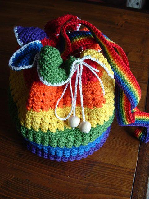 Anche lo staff di #conlemani festeggia il #LoveWins! Vi amiamo! http://bit.ly/conlemani #creaconlemani