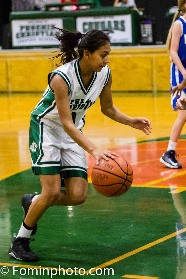 20 Tips for Photographing Youth Basketball. Article and photos by Terence Fominaya. http://improvephotography.com/30194/20-tips-photographing-youth-basketball/