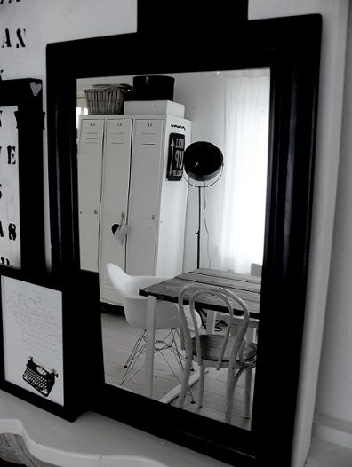 http://www.tierlantijn.net/images/020312-spiegel.jpg
