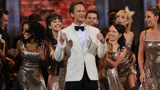 """Tony Awards 2012: """"Once,"""" """"Peter and the Starcatcher"""" take the lead - Celebrity Circuit - CBS News"""