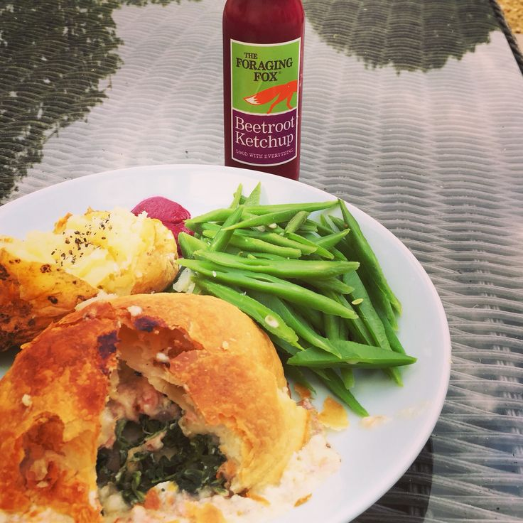The Foraging Fox Beetroot Ketchup with Salmon Encroute