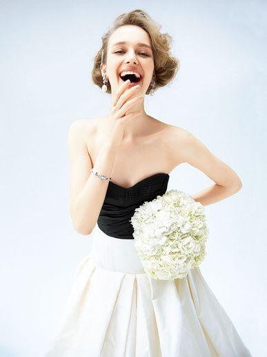ザ・トリート・ドレッシング(The Treat Dressing) 南青山 スタイリッシュな印象を与える黒×白のバイカラードレス