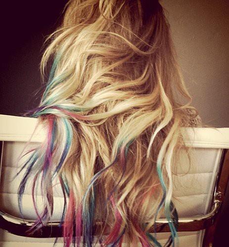 Hair Chalking: Rainbows Hair, Blondes Hair, Dips Dyed, Dips Dyes, Hairchalk, Colors Tips, Dyes Hair, Lauren Conrad, Hair Chalk
