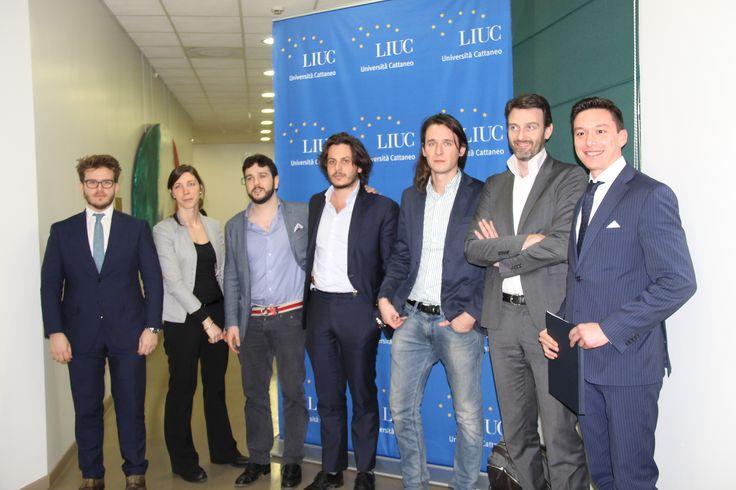 Alla LIUC - Università Cattaneo 'Entrepreneurship Experience: Innovazione Digitale e Strategia per start-up di successo', . Sono stati molti gli startupper di successo che hanno partecipato, tra cui Jacopo Vanetti (Co-Founder e CTO di JUSP), Andrea De Spirt (Founder e CEO di Jobsyourlife), Umberto Lazzati (Partner di Carsh), Simone Maggi (Co-Founder e CEO di Lanieri), Maurizio Costa (Co-Founder e CMO di Wineverse) e Elena Zordan (UX Architect di Sketchin).  #liuc  #startup #liucalumni