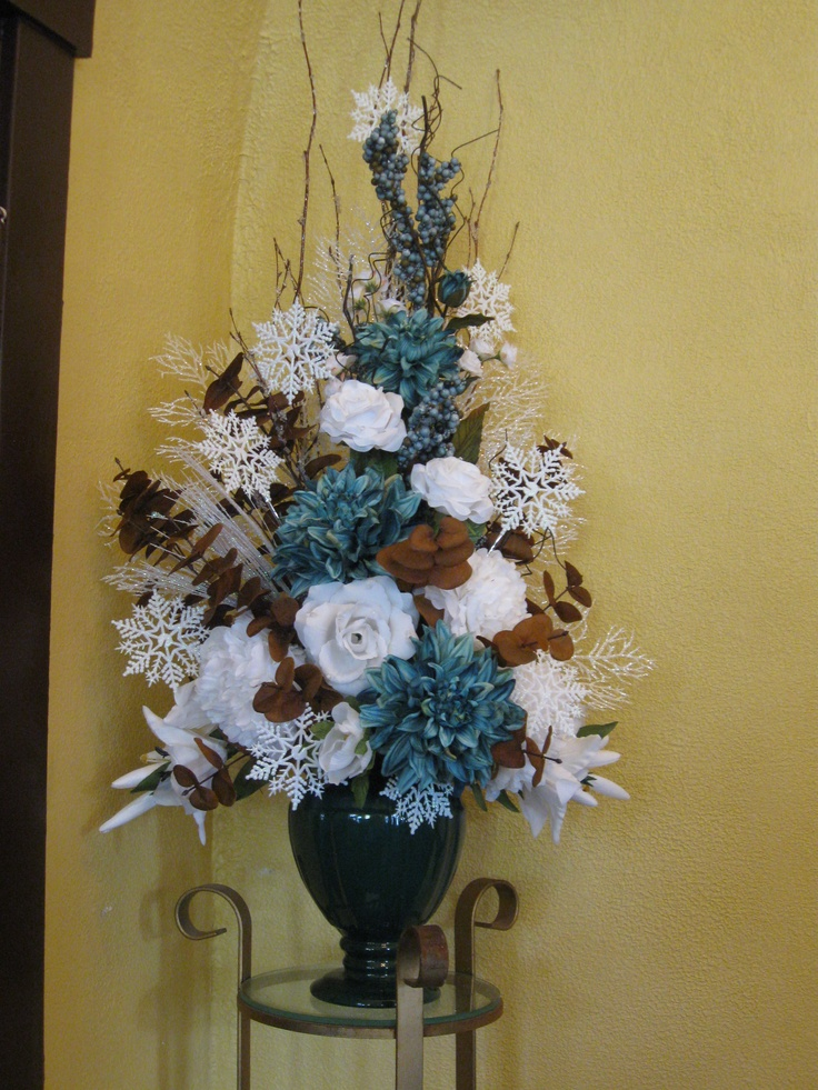 43 best flower arrangement winter images on pinterest floral arrangements winter flower - Best dried flower arrangements a colorful winter ...