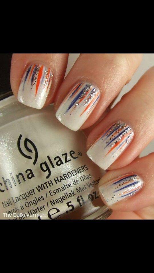 Chicago Bears nail art